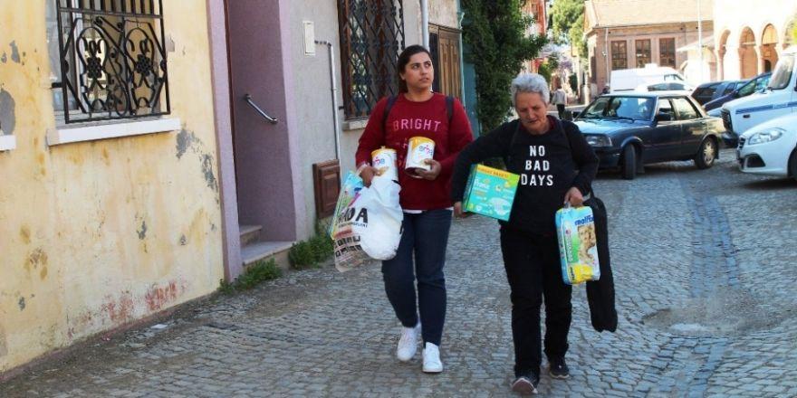 Genç kızdan yoksul ailelerin bebekleri için örnek kampanya
