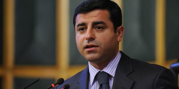 Selahattin Demirtaş'a suç duyurusu!