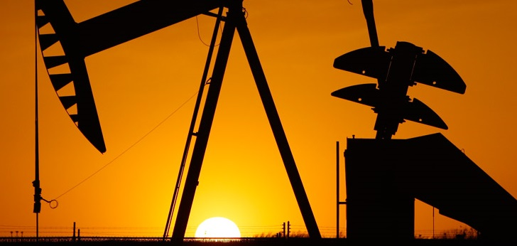 Sudan petrol ürettiler!