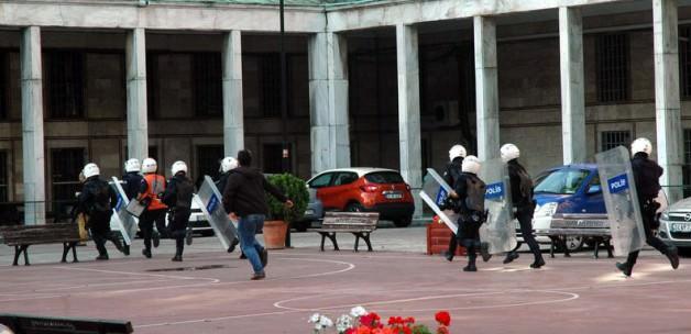 İstanbul Üniversitesi'nde Kavga : Çok Sayıda Yaralı var