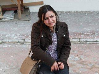 Kocaeli'de bir kız babasını dövenlerin dükkanını bastı