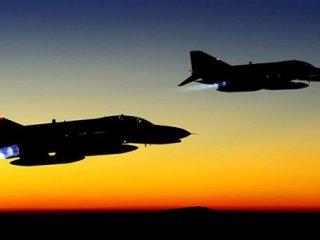Yunanistan Türk Jetlerine Taciz!