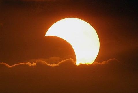 20 Mart Cuma Günü Güneş Tutulması Yaşanacak