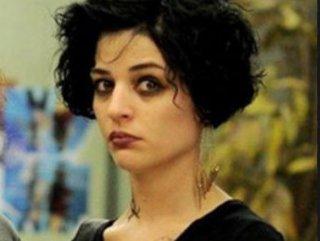 Gonca Vuslateri'nin Erdoğan'a hakaretten hapsi istendi