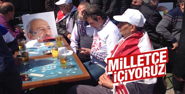 Bazı CHP'liler Kartal'daki mitingi içkilerle bekledi
