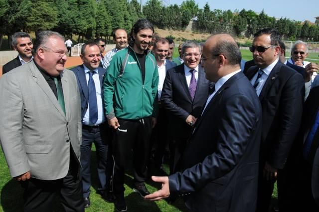 Yalçın Akdoğan'dan Pendikspor'a ziyaret