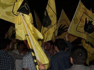 Pendik'li STK'lar Mursi Hakkındaki İdam Kararını protesto etti