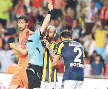 Hükmen yenilmek isteyen Fenerbahçe'ye hakem engeli