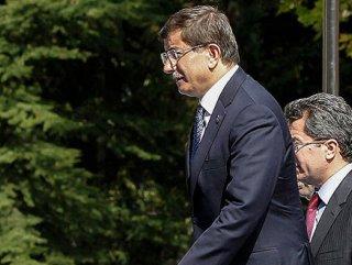 Başbakan Davutoğlu kabineyi topladı