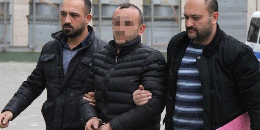 Hastanede personeli bıçaklayan şahsın yargılanması başladı