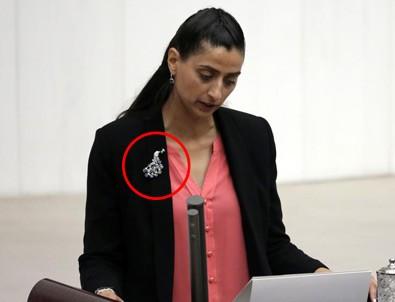 HDP'li Uca'nın taktığı o broşun sırrı ortaya çıktı