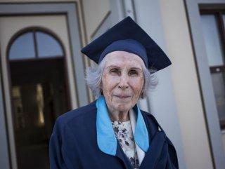 84 yaşında kep attı