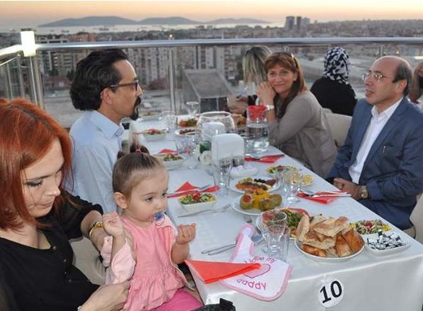 Pendik Bölge Hastanesi'nde İstanbul Manzaralı İftar