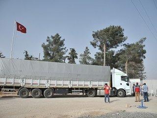 Kobani'ye İlk Yardım Yine Türkiye'den