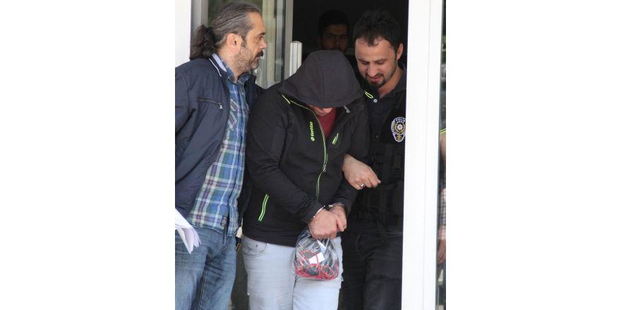Parkta uyuşturucu operasyonuna 2 tutuklama