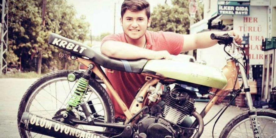 """""""Ölüm oyuncağım"""" yazdığı motosikletiyle kazada öldü"""