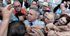 Yunanistan'a Bir Darbede Moody's'dan
