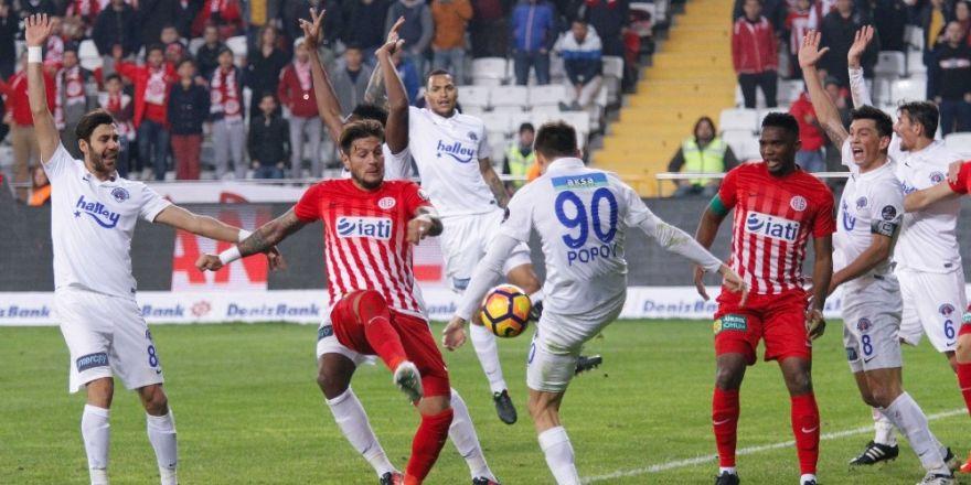 Kasımpaşa ile Antalyaspor ligde 12. kez karşılaşacak
