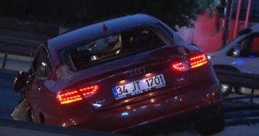 Lüks Otomobil Kaza Yaptı, E-5 Karayolu Felç Oldu