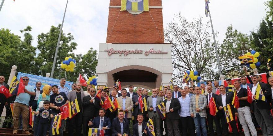 Şampiyon Fenerbahçe'nin bayrağı Büyükçekmece'de dalgalanacak