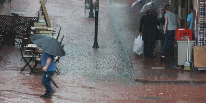 Edirne'de sağanak yağış