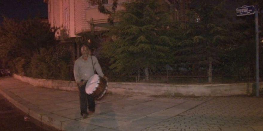 Ankara'da Ramazan davulcuları iş başı yaptı