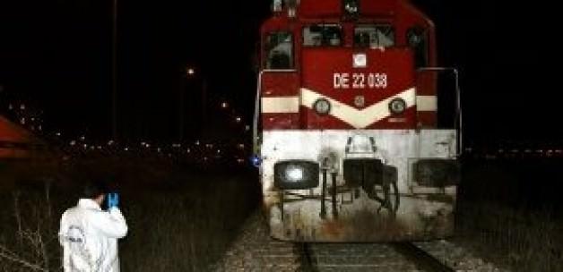 Sivas'ta 2 Yük Treni Çarpıştı: 1 Ölü, 1 Ağır Yaralı!