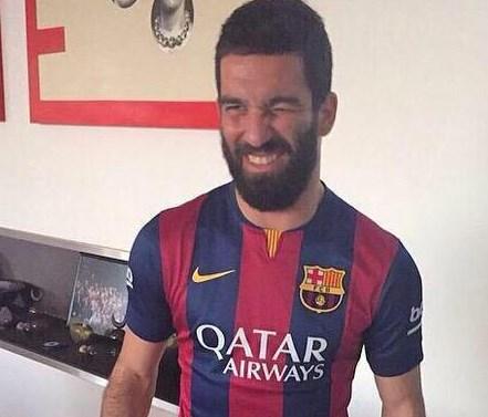 Arda Turan Barcelona'ya Transfer oldu