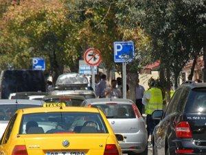 Yol Kenarı Parklar Artık Ücretsiz Olacak