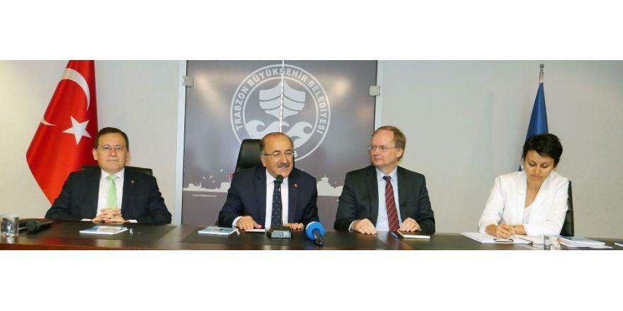 AB Delegasyonu Başkanı Berger ve beraberindeki 18 büyükelçi, Trabzon'da