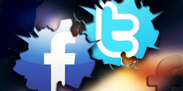 Twitter ve Facebook'a giriş geçici süre kapatıldı