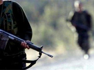 Horasan'da astsubayın aracına silahlı saldırı
