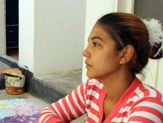 14 Yaşında Kaçırdığı kocasının yolunu gözlüyor