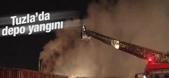 Saman dolu depoda yangın