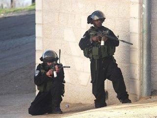 İsrail'li askerlere skandal talimat! Taş atanları Vurun!
