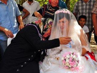 Osmaniye'de damatsız düğün yapıldı