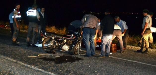 Ödemişte Feci Trafik Kazası: 3 ölü, 1 yaralı Var!