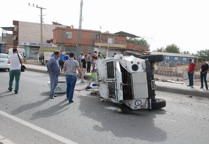 Diyarbakır'da zırhlı aracın Lastiği Fırladı