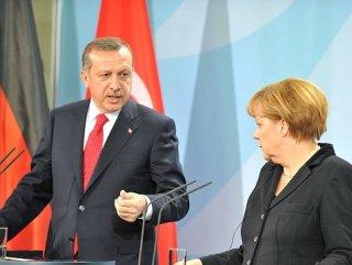"""""""Türkiye'nin AB üyeliğine her zaman karşıyım"""""""