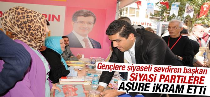 CHP İlçe Başkanı Kemal Ercan Siyasi Partilere Aşure İkram Etti