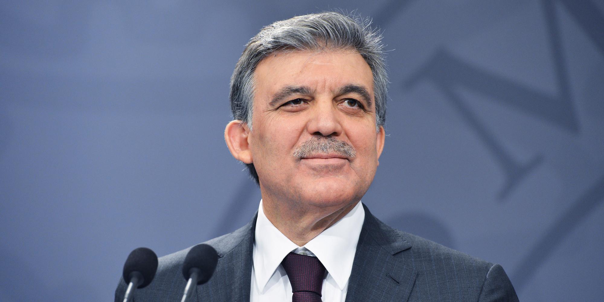 11. Cumhurbaşkanı Abdullah Gül'ün danışmanı FETÖ'den tutuklandı
