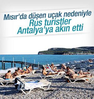 Rezervasyon değişikliği yapan Ruslar Antalya'ya geliyor