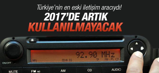 Arabalardaki Radyolar  2017'de Kullanılmayacak
