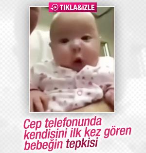 Cep telefonunda kendini gören bebeğin tepkisi