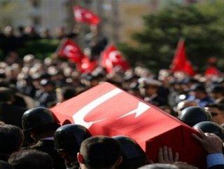 Ankara'da olay yeri inceleyen polis şehit edildi