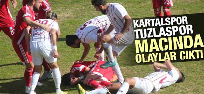Kartalspor, Tuzlaspor Maçında Sahada Olaylar Çıktı