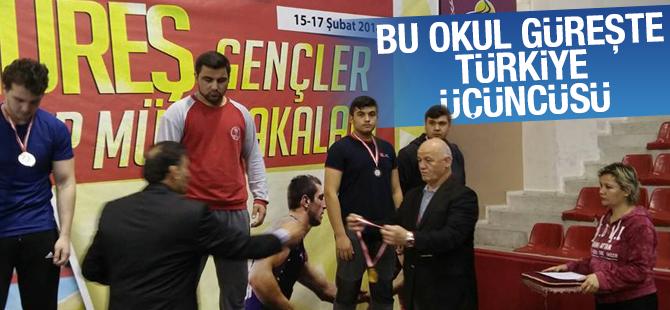 Tuzla Mahir İz Anadolu İHL Türkiye Üçüncüsü Oldu