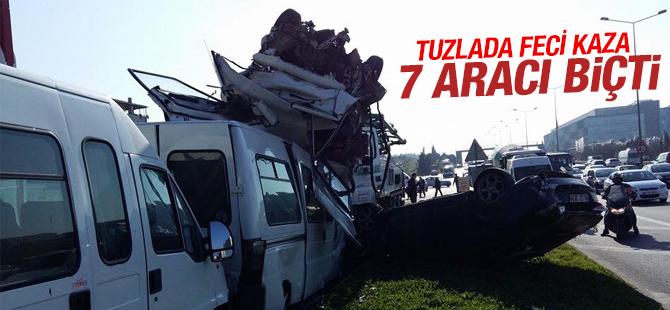 Tuzla'da İlerleyen Kamyon 7 aracı biçti