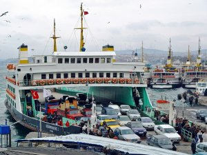 Topçular-Eskihisar feribotunda Bomba Alarmı