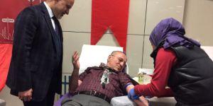 Metro Istasyonunda vatandaşlardan kan bağışına destek